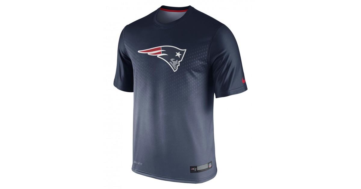 finest selection 997d2 2f468 Nike Men s Short Sleeve T-Shirt Legend Sideline NFL New England Pat.