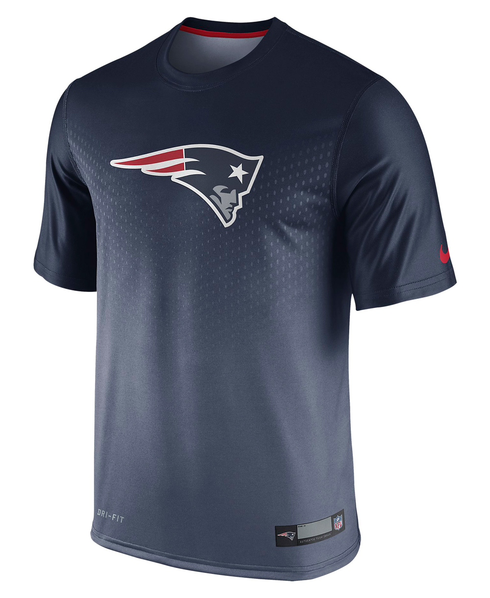 Herren Kurzarm T-Shirt Legend Sideline NFL New England Patriots